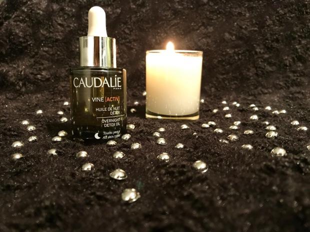 huile de nuit detox Caudalie